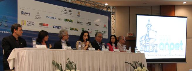 Congresso da Anpet em Joinville promove debate sobre transporte e .