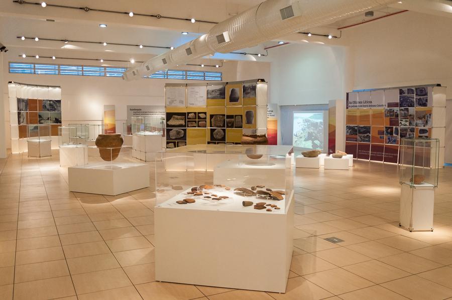 Exposição Arqueologia em Questão - Foto Henrique Almeida-3