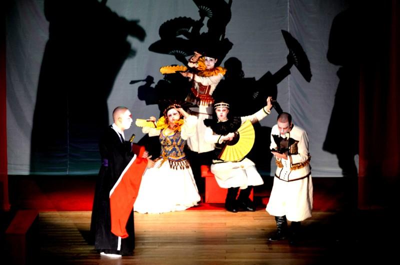 Hamlet no Teatro da UFSC. Foto: divulgação