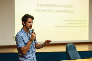 Leonardo da Costa Rankel sonha em ser piloto - Foto Henrique Almeida
