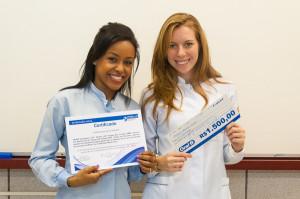 Pesquisa em Endodontia - Luciane e Camila - Foto Henrique Almeida