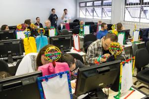Cerca de 15 crianças aprenderam programação. Foto: Henrique Almeida/Agecom/DGC/UFSC