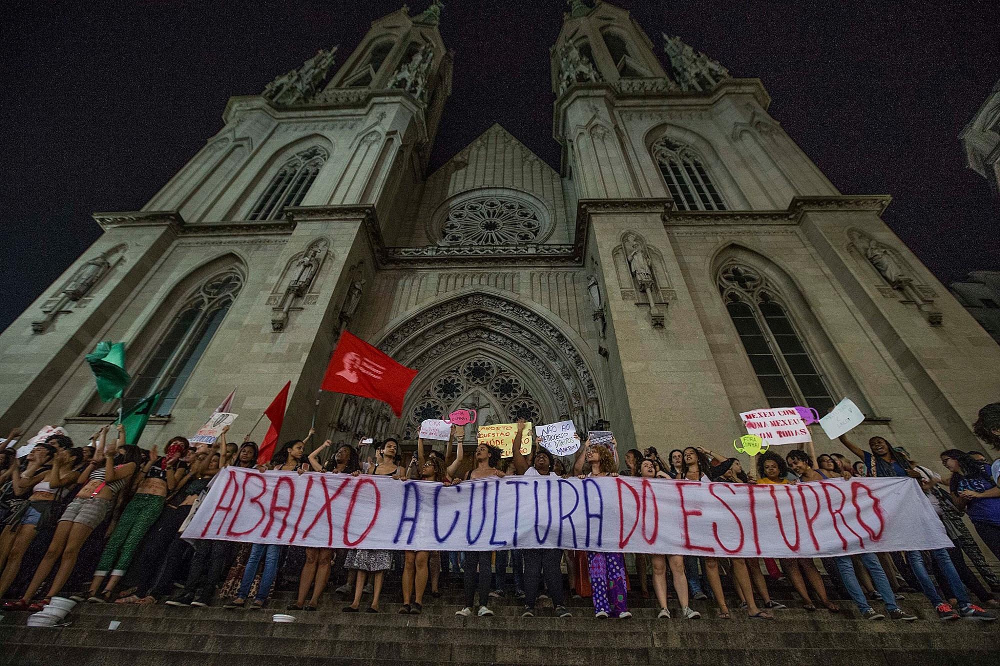 Manifestação pelos direitos  das mulheres em São Paulo, 2015. Fonte: Mídia Ninja.