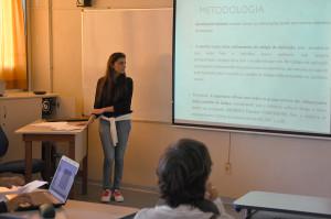 Alunos do ensino médio do Colégio de Aplicação produziram 34 projetos de pesquisa que foram apresentados durante o seminário. Foto: Ítalo Padilha