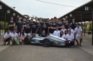Equipe Ampera Racing, da UFSC. (Foto: Divulgação)