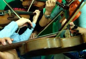 Oficina de Cordas Violino e Violoncelo WEB800 A