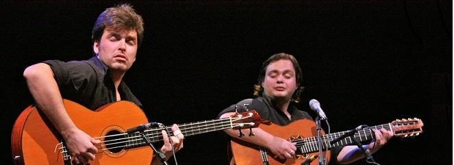 dest_Guto Wirtti e Yamandu Costa, foto Pablo Corti