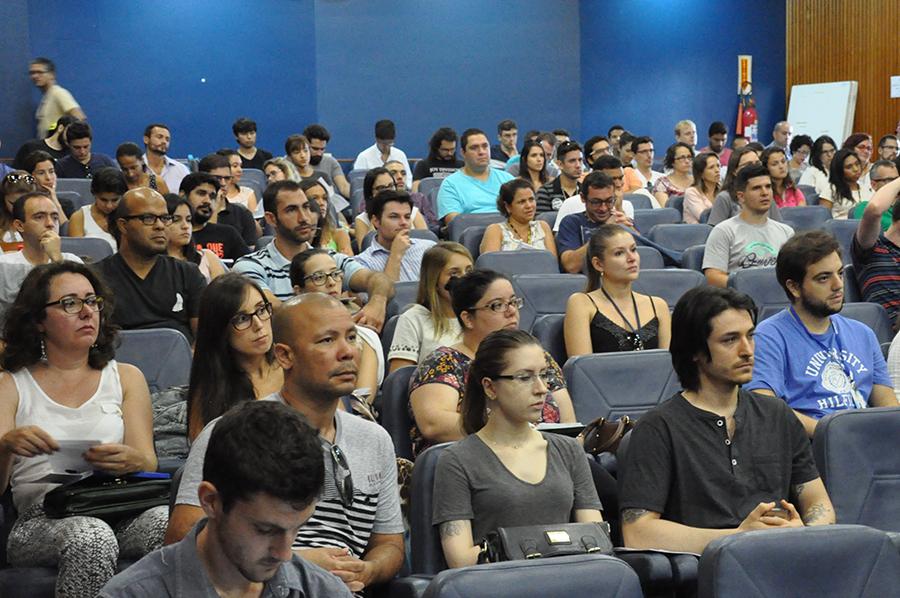 Cento e cinquenta técnicos participam do curso. (Foto: Ítalo Padilha/Agecom/UFSC)
